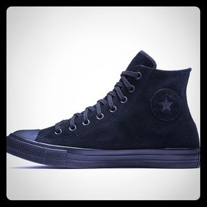 BRAND NEW CONVERSE COUNTER CLIMATE!